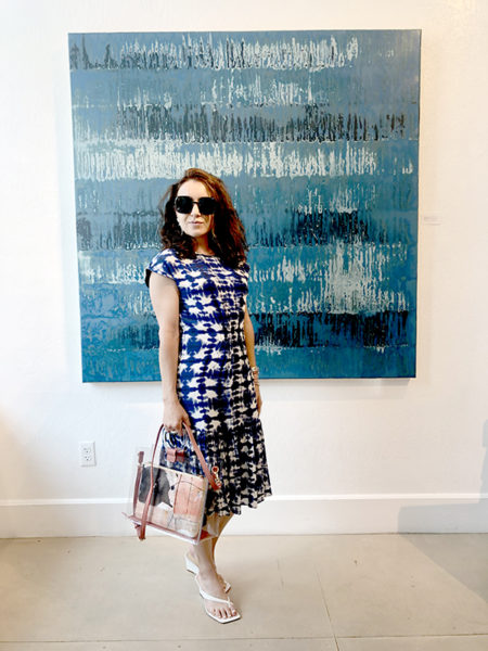 Vanessa DiPalma Wright with her Totes Essential handbag by Laura Wait